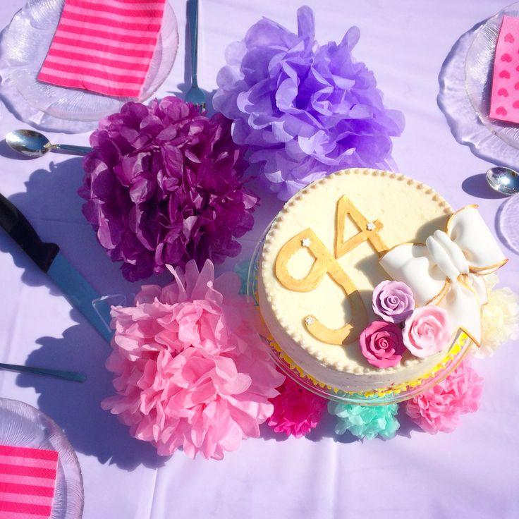 Pink / Lila Geburtstagsdeko  lilac & pink decoration - pompoms