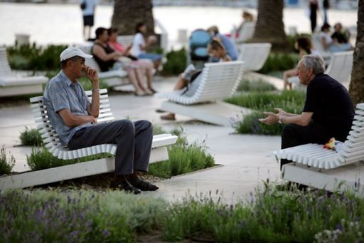 Riva Split Waterfront. Click to enlarge & visit the Slow Ottawa 'Street Furniture' board for more great public seating.