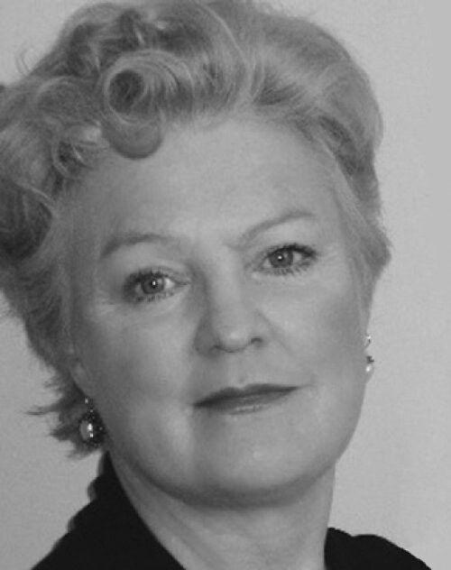 Elizabeth Edmondson ¤ Uma mansão na bruma