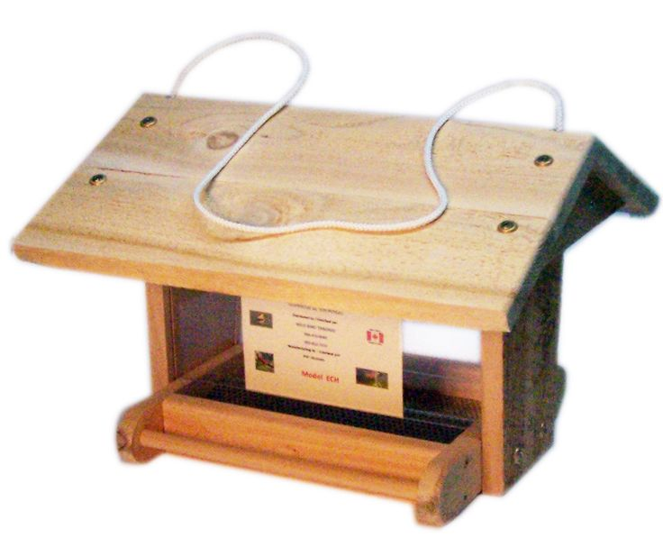 """ECH  Chalet feeder. Easy to fill. Screen bottom.  14½"""" x 14"""" x 10""""  Made in Canada"""
