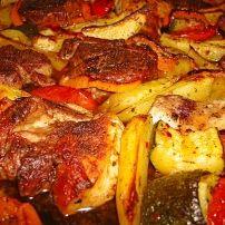 Heerlijk Grieks mixed vleespannetje met groente | Smulweb.nl