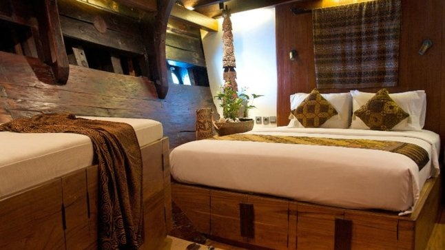 THE SILOLONA PHINISI: The cabins are perfectly appointed, modern but evocative of the 18th century spice trade.