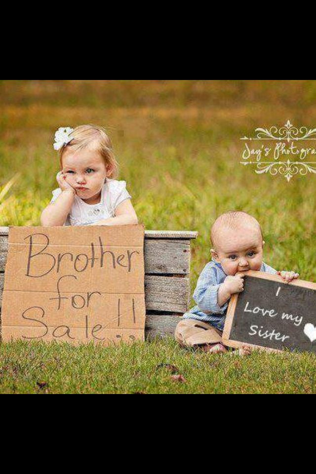 Big sister, little brother. Cute kids (: I love this but Kris would never sit there lol