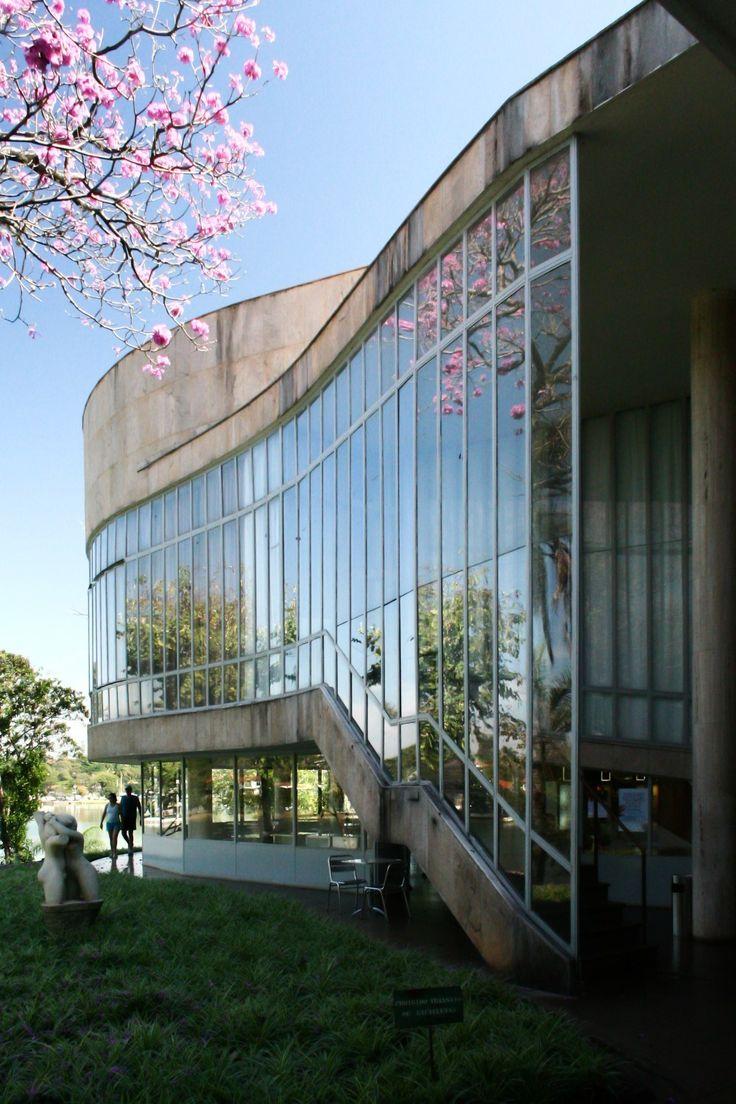 Imagem 4 de 10 da galeria de Restauro do Museu de Arte da Pampulha tem início previsto para este ano. Cassino da Pampulha (1942), atual Museu de Arte da Pampulha, de Oscar Niemeyer. Image © Marcelo Palhares Santiago