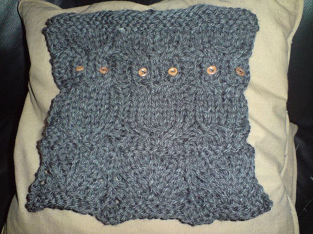 Owl Cowl Knitting Pattern : 51 best images about Bulky Weight Accessories to Knit on Pinterest Free pat...