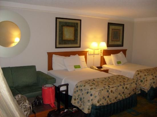 La Quinta Inn Orlando International Drive: duas boas camas