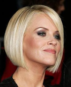 Jenny McCarthy hair... this is exactly how I want my hair...