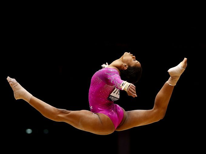 gabby douglas floor routine - photo #10
