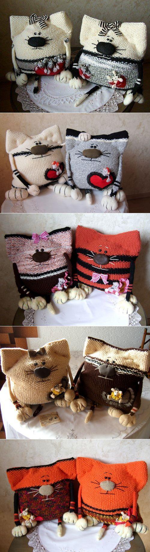 Кото-подушки