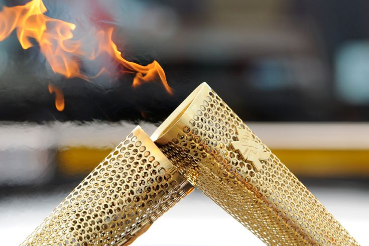 Olympics 2012: Carrying the flame: Olympic 2012, Torches Relay, London 2012, London Olympic, Olympic Flames, 2012 Olympic, Olympic Games, Olympic Torches, 2012 London