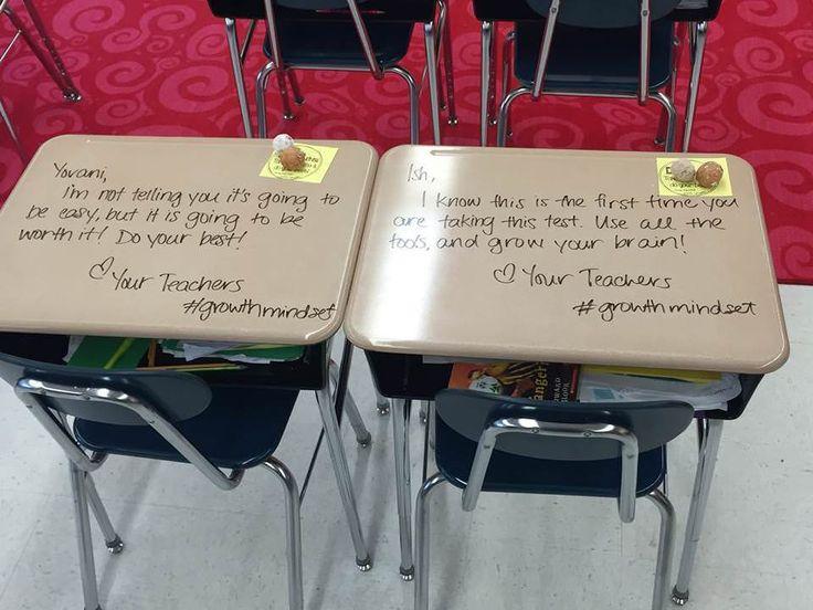 Professora da 5ª Sériediminuia pressãodo dia da prova com mensagens personalizadas de incentivo,escritas nas mesas de cada um de seus alunos. Os efeitos podem ficarpara a vida toda.    A professoraChandni Langford daEvergreen Avenue Element...