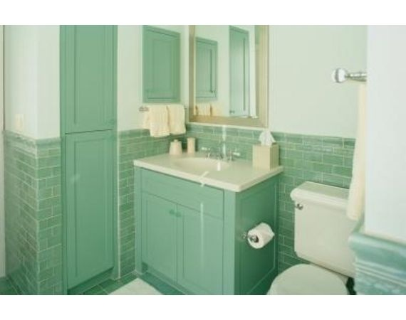 how to deal with mint green bathroom tile?