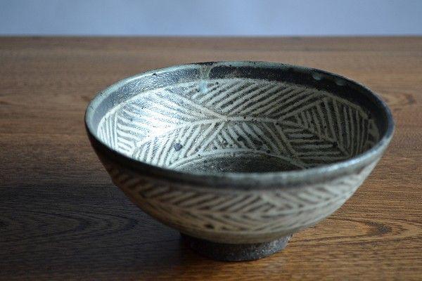 村木雄児/黒三島鉢 サイズ:径約15.8cm 高さ約7.3cm
