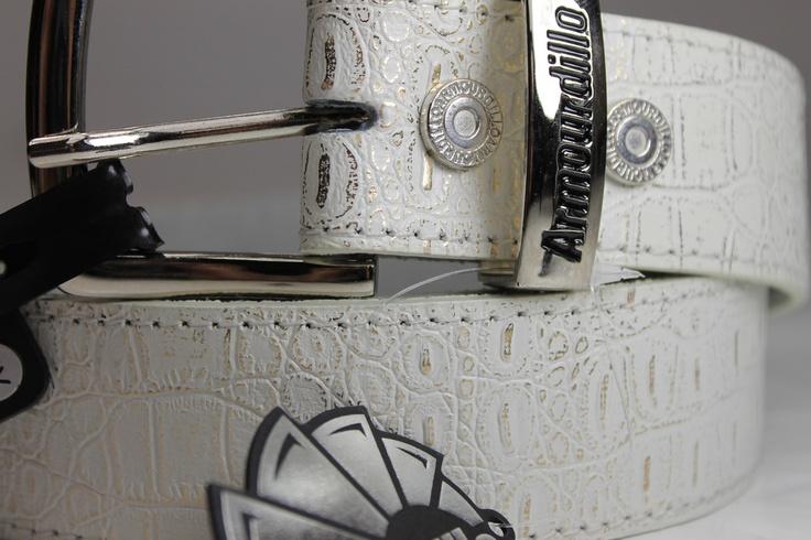 MEN'S BELT   $19  ARMOURDILLO  'Great White Croc'  ebats11.com