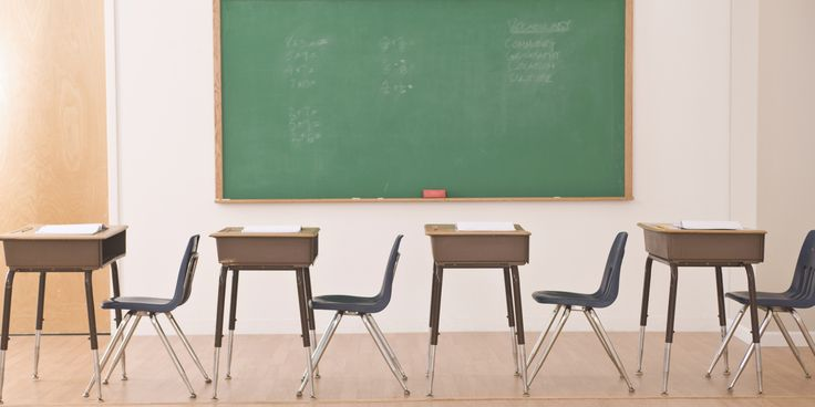 La OCDE vuelve a sacar los colores a España en materia educativa. El organismo ha presentado este miércoles el informe Estudiantes de bajo rendimiento: por qué se quedan atr&aacut