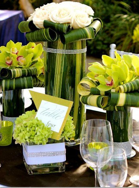 Avant-Garde Classic Hollywood Glam Modern Romantic Green Ivory Multicolor Yellow Centerpiece Fall Spring Summer Winter Wedding Flowers Photos & Pictures - WeddingWire.com