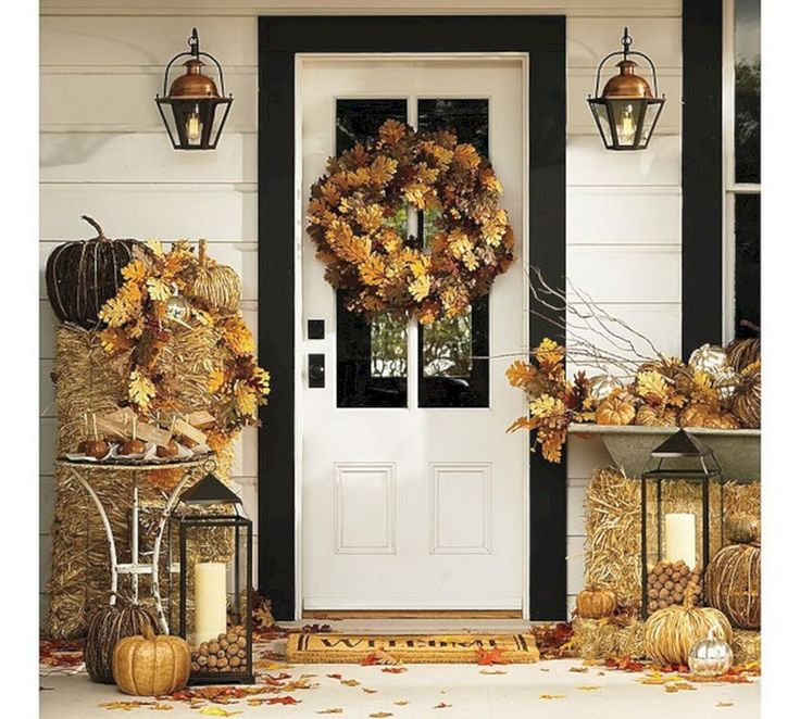 Marvelous Best And Most Beautiful Fall Front Door Decorating Ideas (35+ Best Pictures) http://goodsgn.com/design-decorating/best-and-most-beautiful-fall-front-door-decorating-ideas-35-best-pictures/