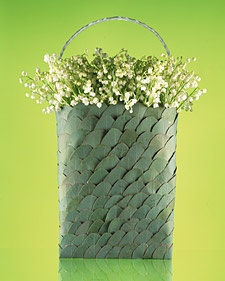 Lilly of the Valley with eucalyptus leave basket: Centerpieces Ideas, Baskets I, Tins Baskets, Flowers Child, Crafts Ideas, Queen, Flowers Arrangements, Martha Stewart Wedding, Convallaria Majali Lilies