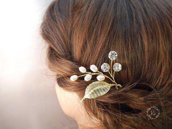 Pearl leaf hair pin Bridal hair pin Leaf hair accessories Pearl hair accessories Pearl bridal hair pins