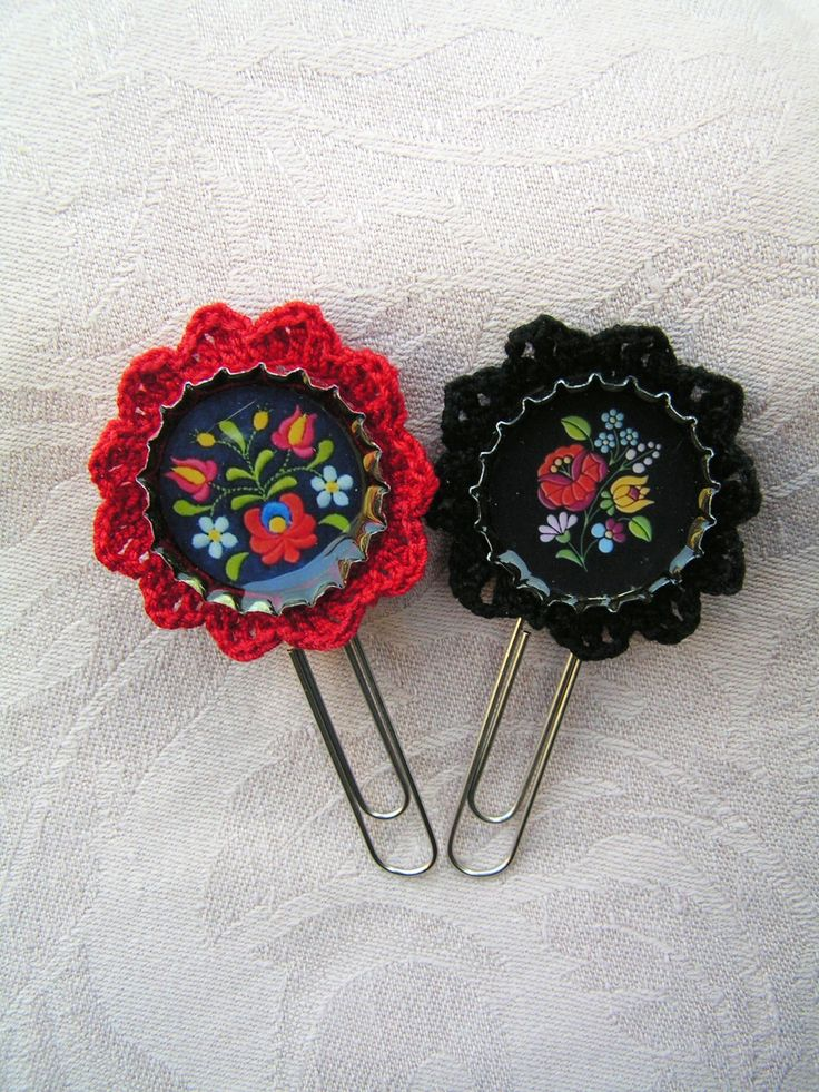 Here are the new Lace Miracle accessaries:  Folk motifs - Matyó and Kalocsa bookmarks