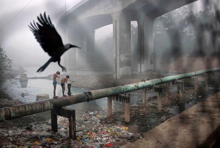 Νερό, το διάφανο χρυσάφι ή αλλιώς το πετρέλαιο του μέλλοντος. ~ Geopolitics & Daily News