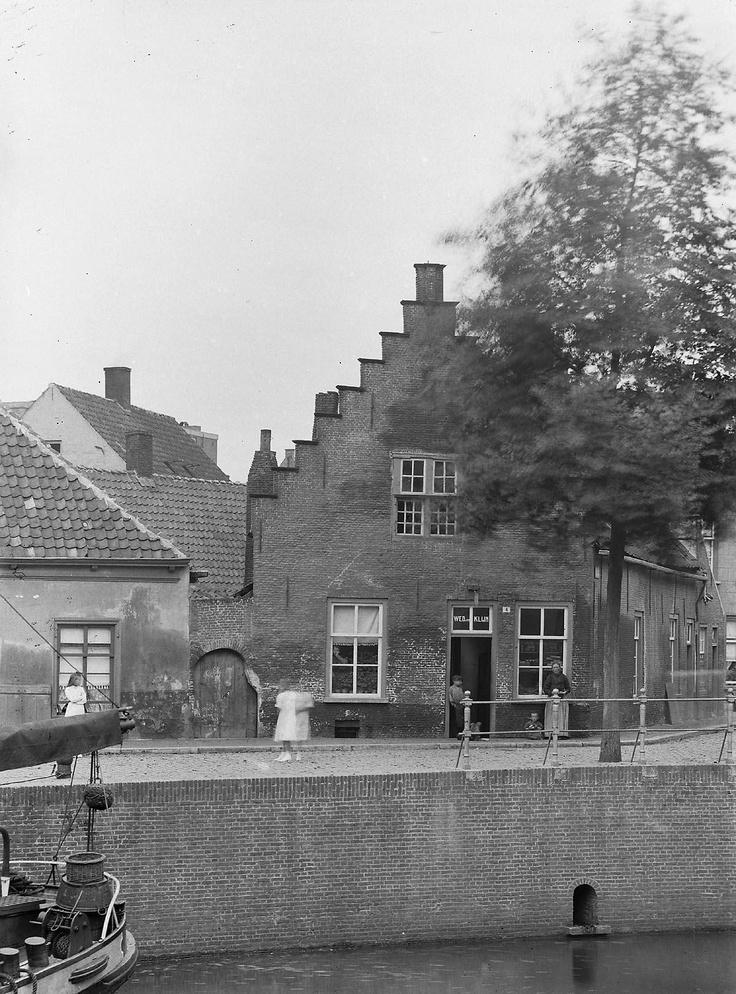 Breda. Polanenkade 4. 1906.