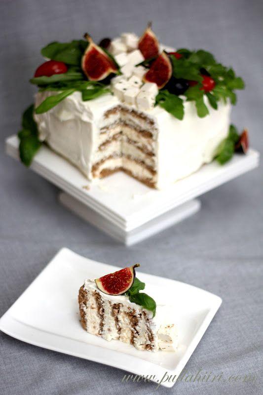 Pullahiiren leivontanurkka: Kasvisvoileipäkakku pesto-rucola-fetajuusto