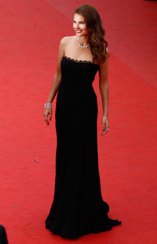 Cannes 2012 - Virginie Ledoyen in Elie Saab - Day 2 (montée des marches De Rouille et d'Os, Jacques Audiard)