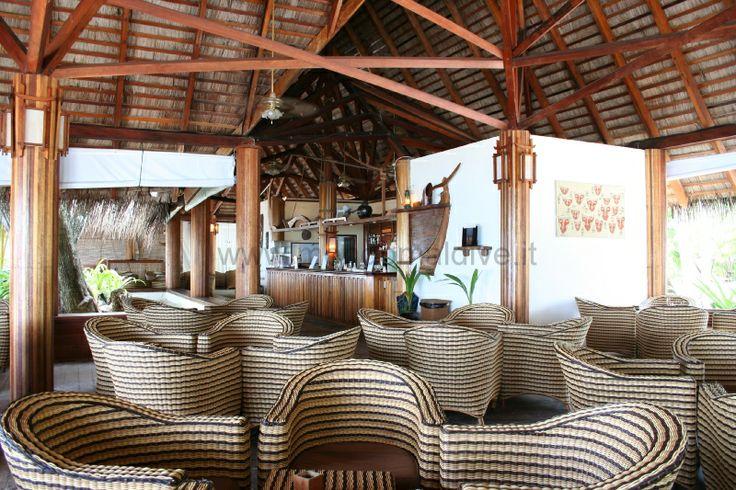 Alimatha Aquatic Resort #voyagewave #themaldvies --->>> www.voyagewave.com
