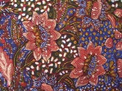 Batik Lasem with tiga negeri pattern