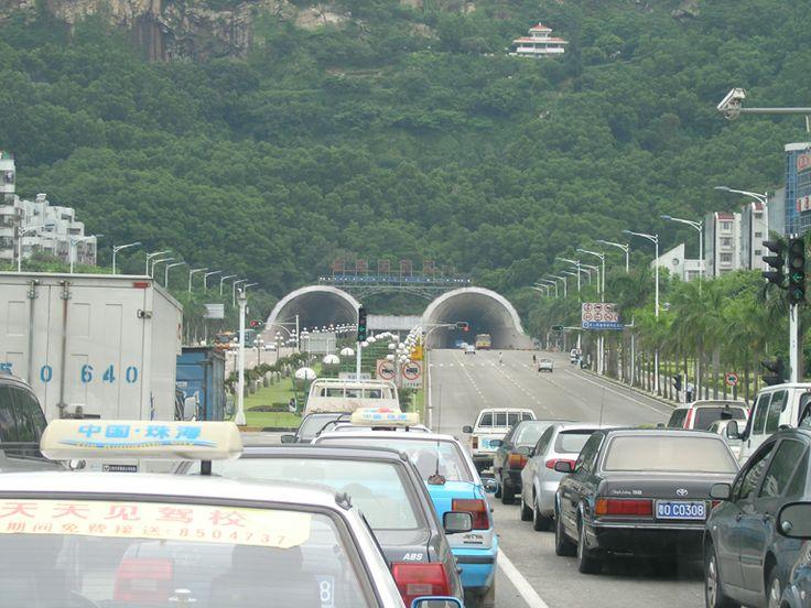 Macau-Zuhai Border Crossing area- Holiday to Hong Kong, Macau & Guangzhou, China. Photos by Tamara Desiatov 2006.