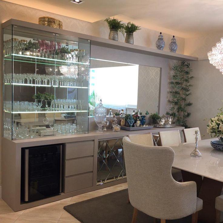 E quem não sonha com um móvel assim?! Cristaleira, adega e espaço para louças ❤❤ #boatarde #interiores ...