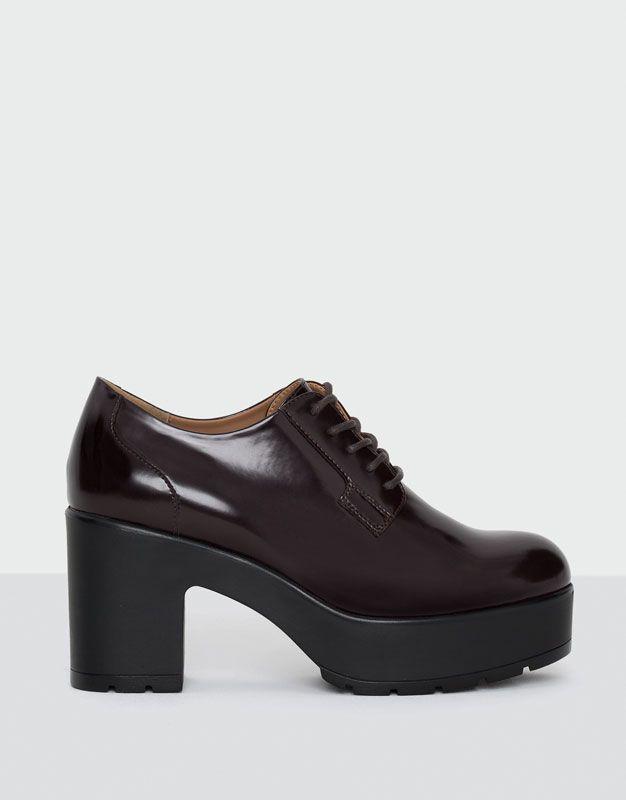 Туфли со шнуровкой, на каблуке - Обувь на каблуках - Обувь - Для Женщин - PULL&BEAR Российская Федерация