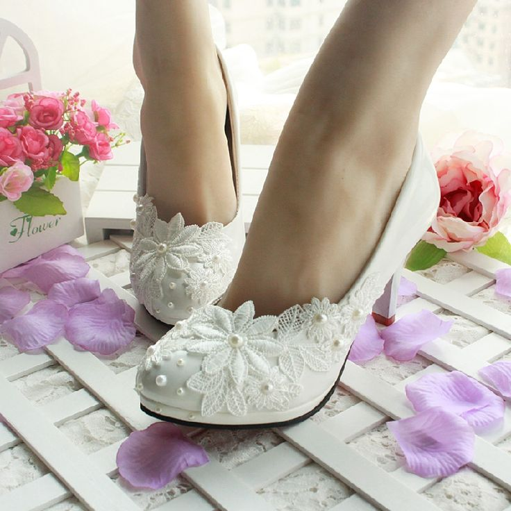 Cheap Pumps on Sale at Bargain Price, Buy Quality shoes credit, shoes with matching bag, shoe boy from China shoes credit Suppliers at Aliexpress.com:1,is_handmade:Yes 2,material technology:japanned leather 3,shoe size:40, 39, 38, 37, 36, 35, 34 4,Pump Type:Basic 5,Gender:Women