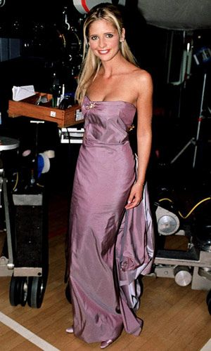 The Most Iconic Prom Dresses of All Time....I would love this in white as a wedding dress!