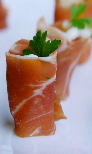 Prosciutto Crudo Roll with Gorgonzola and Pear