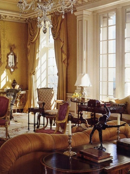 [Blog with Design Tips]  7 Gorgeous Interiors: How David Easton Decorates with Aubusson Rugs