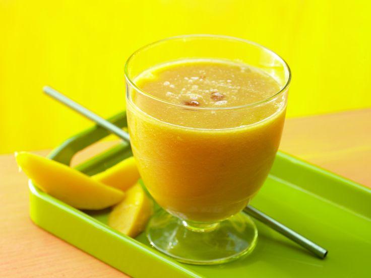 Guaven-Mango-Drink - mit Melone - smarter - Kalorien: 178 Kcal - Zeit: 10 Min. | eatsmarter.de Mit diesem Drink geht die Sonne auf.