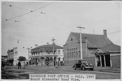 Essendon Post Office, Royal Hotel, 1945 http://photos.naa.gov.au/photo/Default.aspx?id=6528983