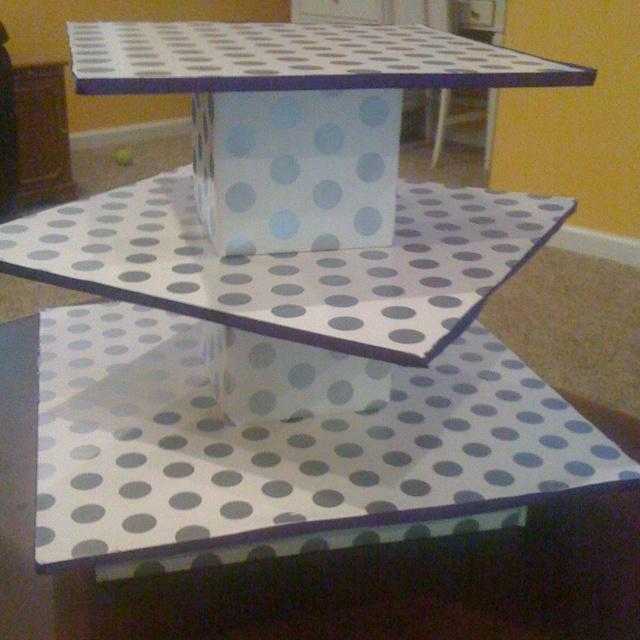 How to make cardboard cake boards