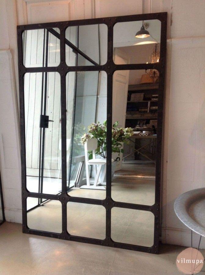 espejo con marco metlico de estilo industrial