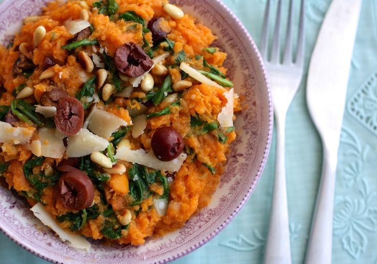 Zoete aardappelstamppotje met parmezaan & rucola