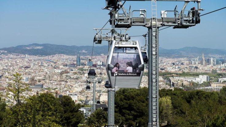 BARCELONA: Taubanen til Montjuïc er en av byens to kabelbaner. Oppe på Montjuic-høyden får du byens beste utsikt. Foto: JOHN TERJE PEDERSEN