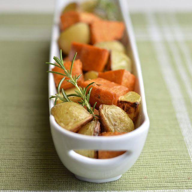 Virtually Homemade: Grilled Rosemary Garlic Potatoes