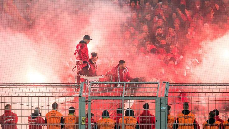 Feuer und Flamme im Stadion: Dänen entwickeln legale Pyrotechnik