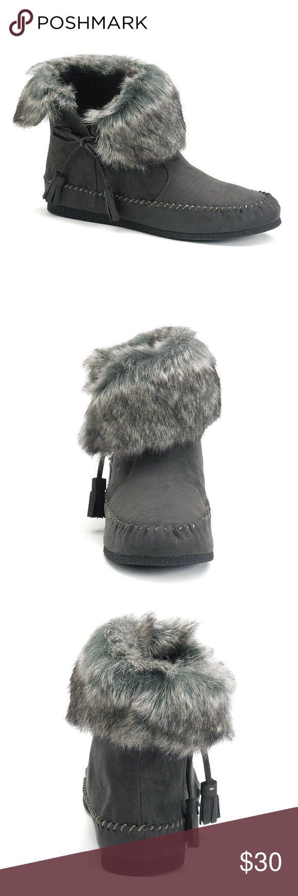 Moccasin Ankle Boots Madden Girl Finnn Women's Moccasin Ankle Boots. Gray with gray fur. NWT Madden Girl Shoes Ankle Boots & Booties