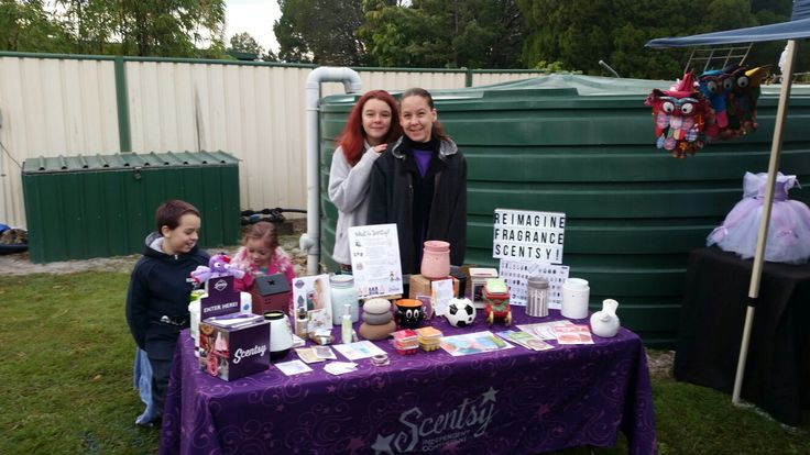 Scentsy popup with my daughter