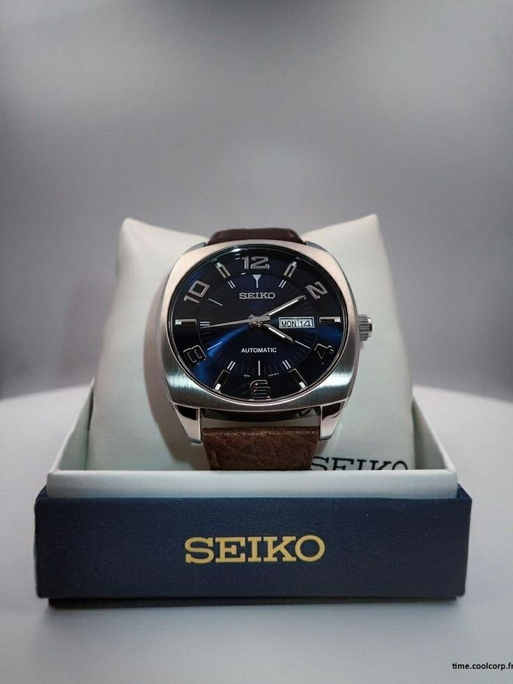 Seiko automatique SNKN37.