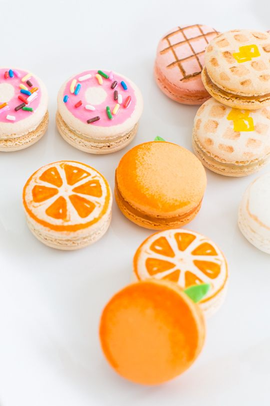 DIY brunch macarons | sugar & cloth - inspo for bento fruit dessert