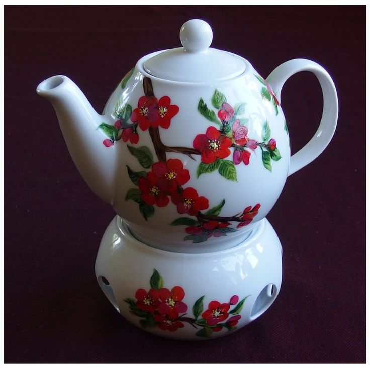 Flowering qince teapot by Xantosia  ~ Agnieszka Sokołowska. Hand painted on porcelain. All my porcelains are painted with Talens Decorfin Porcelain and baked in high temperature, so they are pretty durable. #xantosia #flowering_qince #pigwowiec #czerwony #kwiaty #zestaw #porcelana #reczniemalowane #kawa #herbata #pot #teapot #coffeetime #teatime #porcelain #porcelainart #porcelainpainter #handpainted #porcelarts #red #flowers